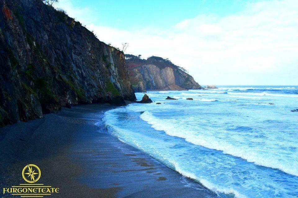 Playa de Cueva o de la Arena