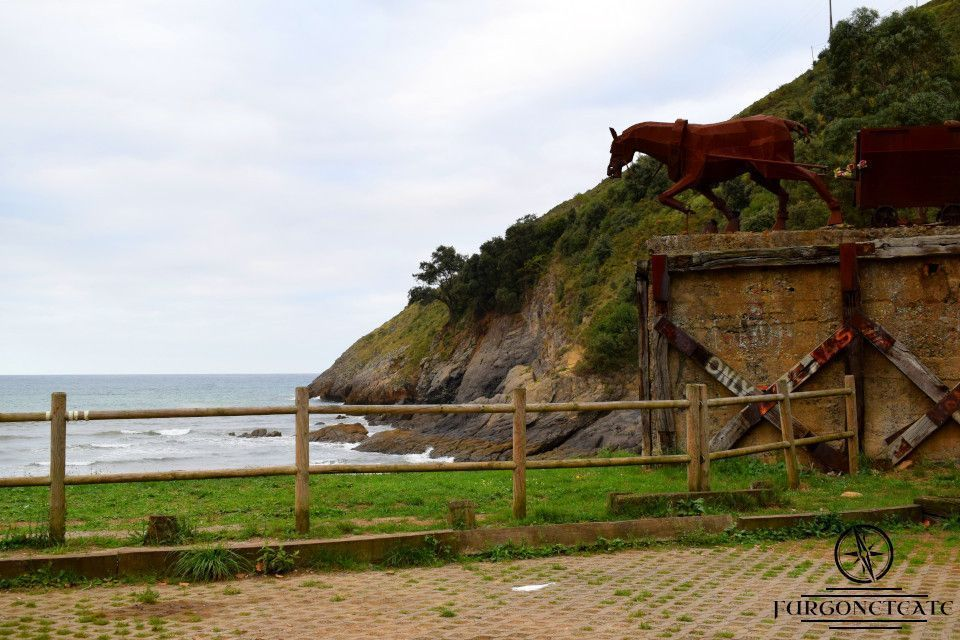 Playa de Mioño o de Dícido, Comarca Costa Oriental (Cantabria)
