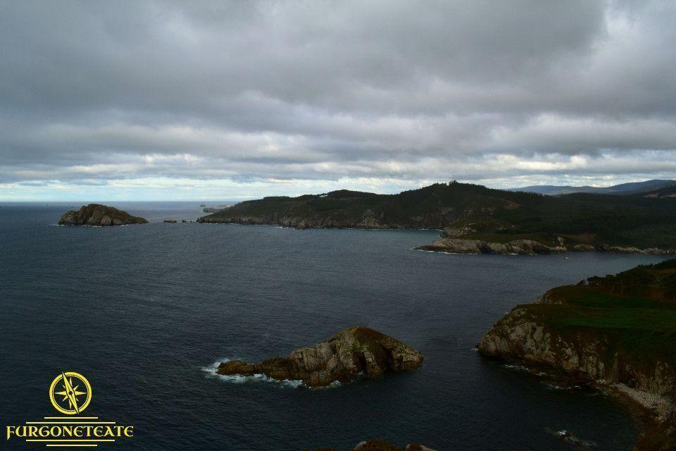 Faro de Punta Roncadoira
